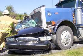 Truck Accident Lawyers Houston Texas | 18 Wheeler Accident Attorney
